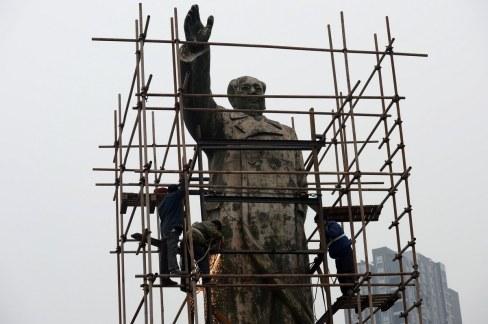 mao-zedong-statue-chongqing-cultural-revolution-era-relocation-02